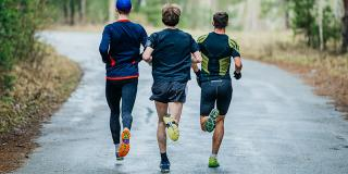 Alergat vs. mersul cu bicicleta: care sport e mai bun
