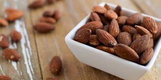 Mănâncă sănătos: beneficiile migdalelor și de ce trebuie să le incluzi în dieta ta