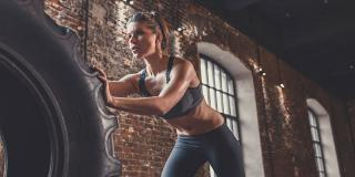 8 exerciții pentru brațe puternice pe care trebuie să le încerci