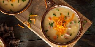 Rețeta FIT: 2 variante de supă cremă de legume